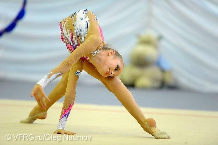 Фото элементов в художественной гимнастики