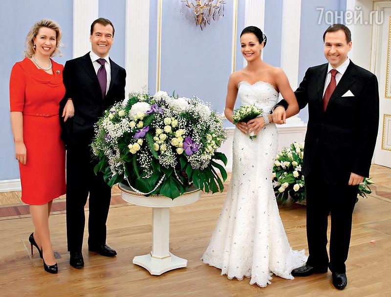 прекрасная свадьба ирины чащиной фото отличалась