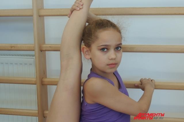 голые гимнастики